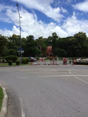チャンマイ大学つき当たりの広場