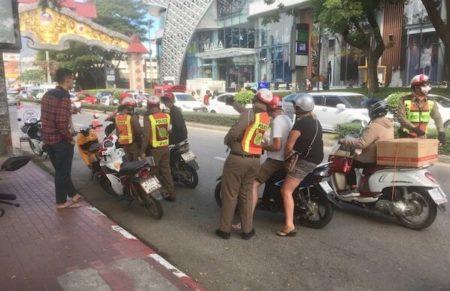 タイでレンタルバイク
