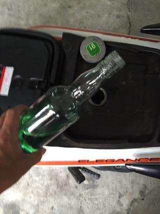 瓶ガソリンの補給