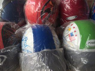 タイで売ってる300円のヘルメット