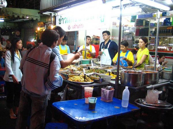 タイ移住生活食費は三分の一になった