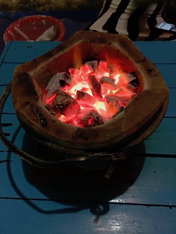 イーサン鍋チュムチムの炭