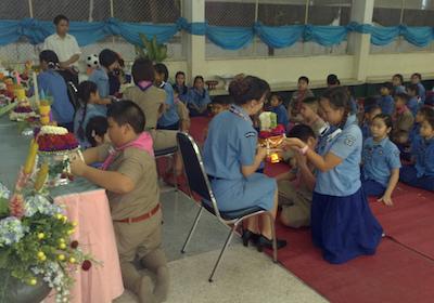 タイの先生の日|小学校