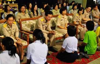 タイの先生の日を知ればタイ人教師の威厳が保たれている理由がわかる