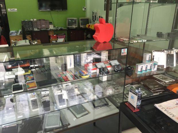 タイのiPhone修理専門店でiPadの画面割れ修理をした結果