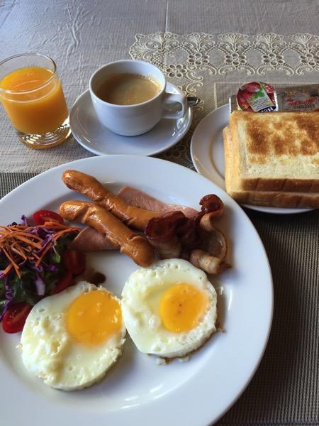 マーチホテルの朝食−1