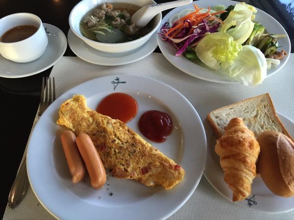 ピサヌロークグランドリバーサイドホテルの朝食
