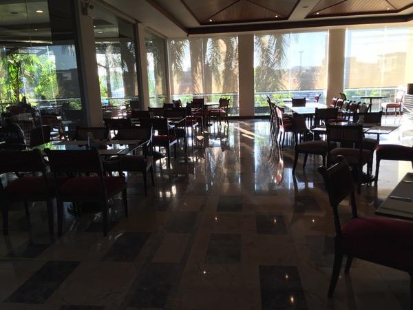 ピサヌロークグランドリバーサイドホテルレストラン
