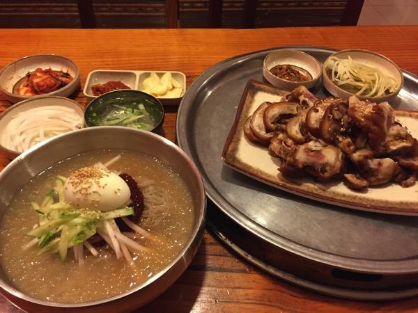 ヴィエンチャンの韓国料理屋