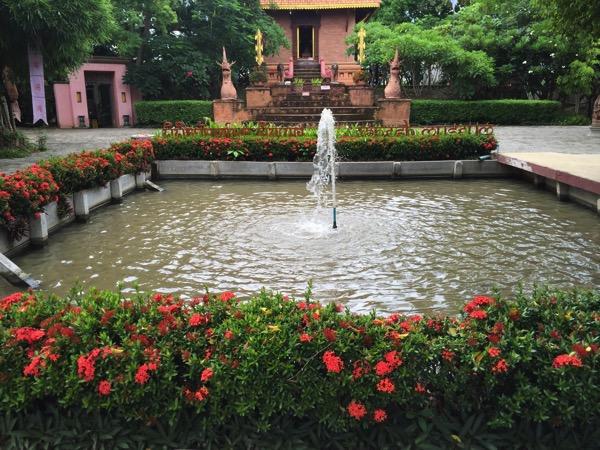 チェンマイのガネーシャ博物舘の噴水
