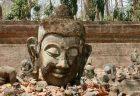 ワット・プラタート・ドーイカム(ドイカム寺院)願い事を叶える仏像にタイ人観光客が殺到