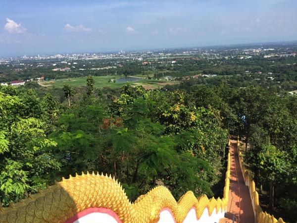 ドーイカム寺院からみるチェンマイ市内 2