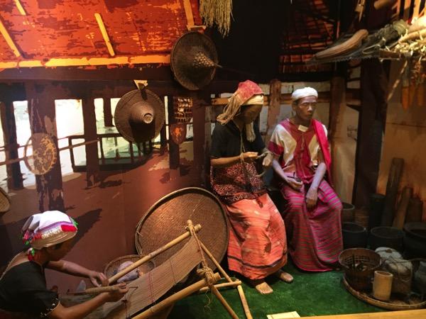 チェンマイ山岳民族のカレン族