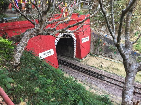 クンターン駅北側にあるタイ最長クンターントンネル