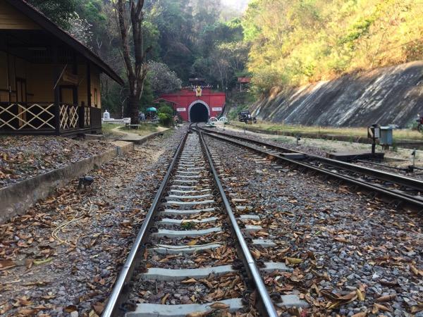 タイ国鉄クンターン駅の路線