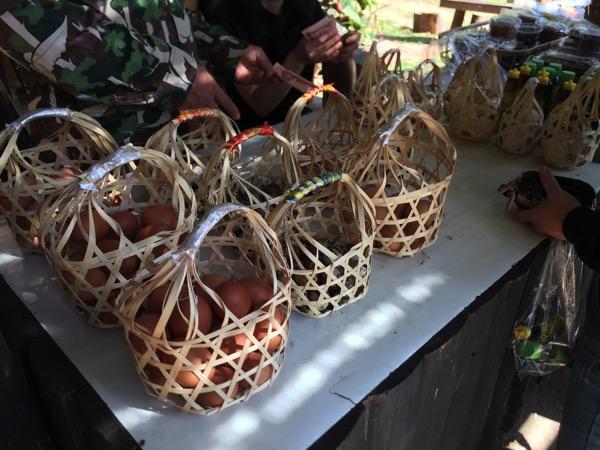 チェーソン国立公園の売店に売っている卵