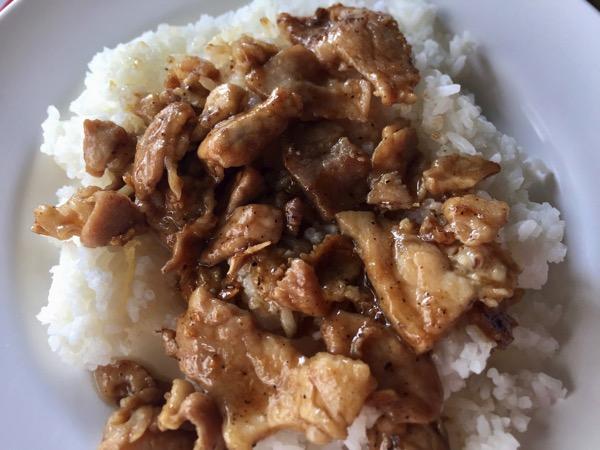 豚肉のとニンニクのオイスターソース炒め|ムーカティアム
