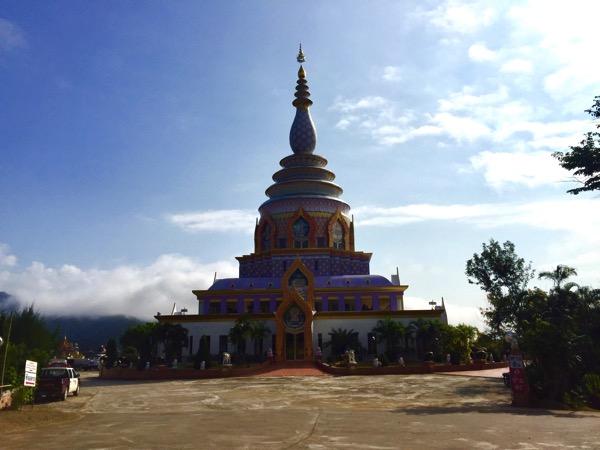 タートン寺の仏塔