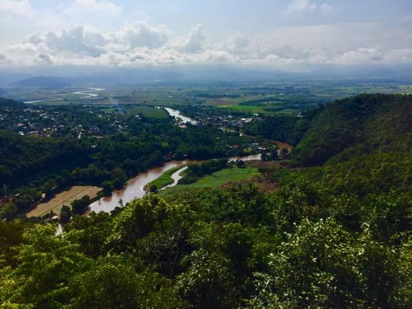 チェンマイの最北端を目指す旅 タートン村山頂から望む絶景