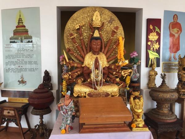 タートン寺仏塔内の仏像 2