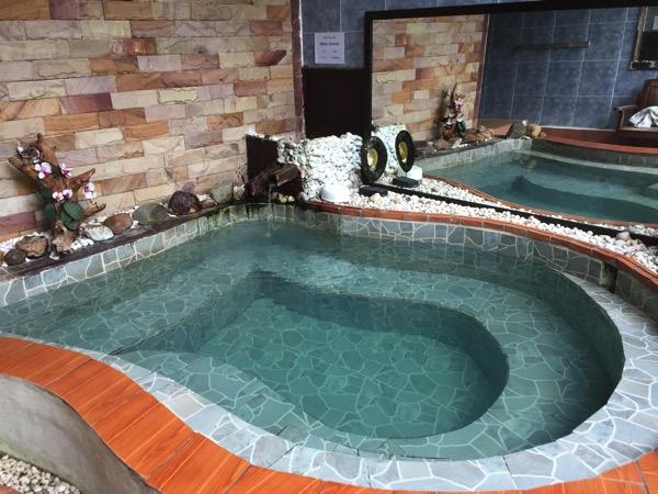 ランナー温泉の浴室