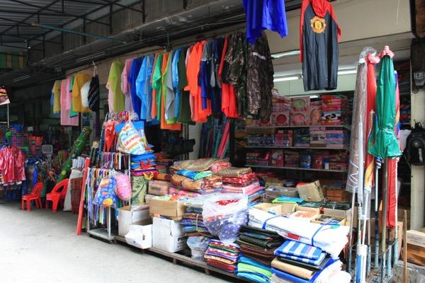 チェンマイのナワラット市場の様子 2
