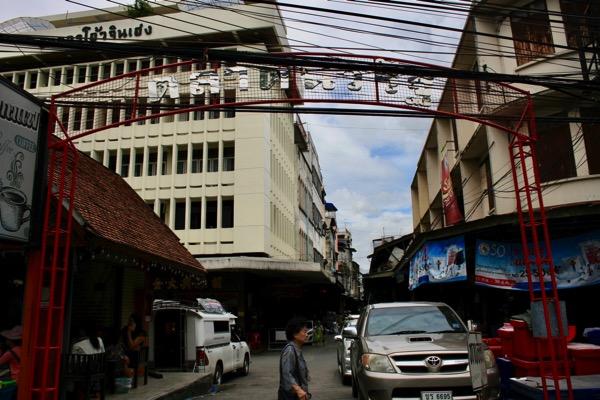 チェンマイのナワラット市場の入り口