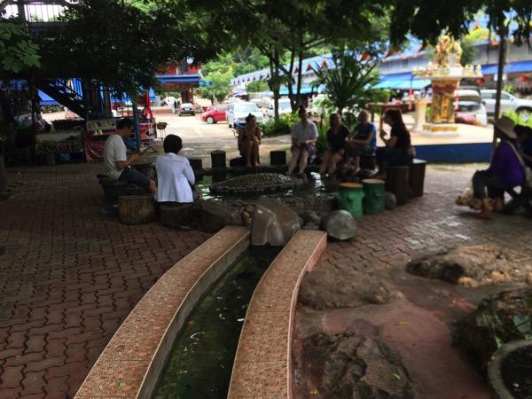 チェンラメーカチャン温泉の足湯 2