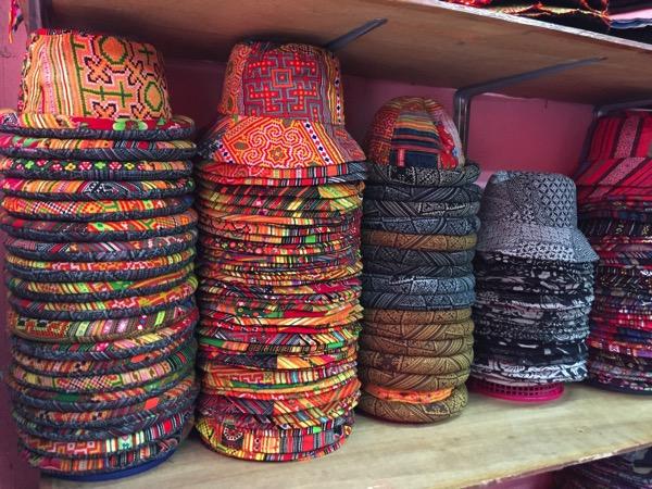 モン族市場の帽子 3