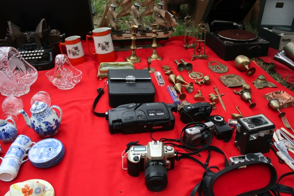 チェンマイノンホーガラクタ市場のカメラ