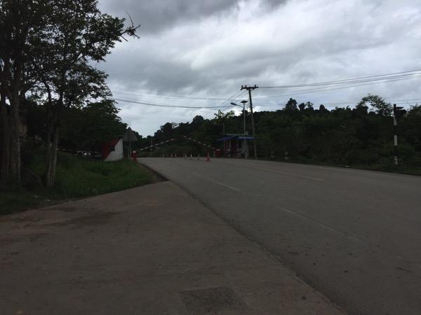 ラオスネグンの国境ゲート
