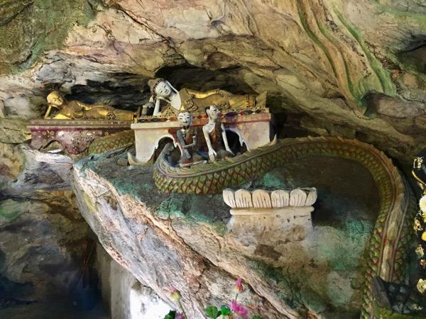 チェンダオ洞窟の仏像 1