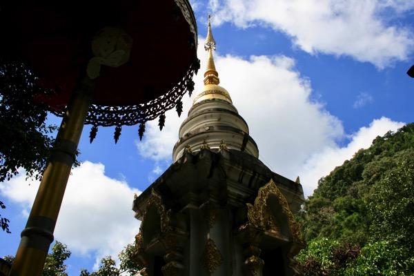 メーガンポン寺