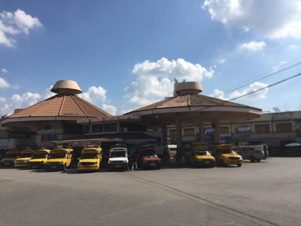 【チェンマイバスターミナル 1 】路線バスで巡る郊外の人気スポット