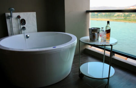 チェンコーンの露天風呂付き客室があるホテル!メコン川の夕日が最高