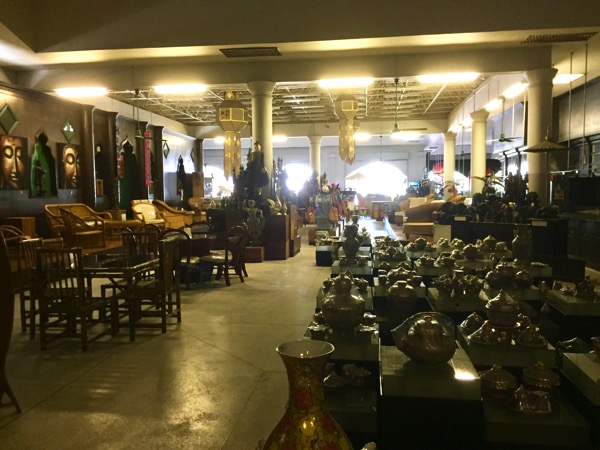 チェンマイThai Artsの店内-1