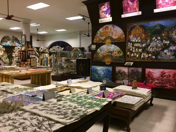チェンマイThai Artsの店内-2