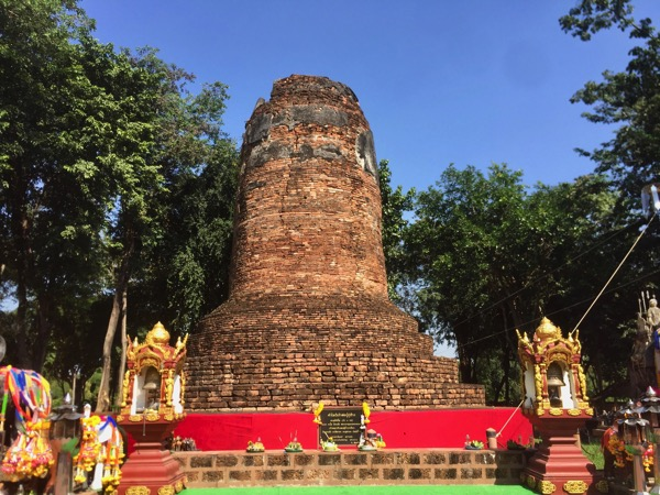 ランパーンのクゥーチャーンクゥーマーの仏塔