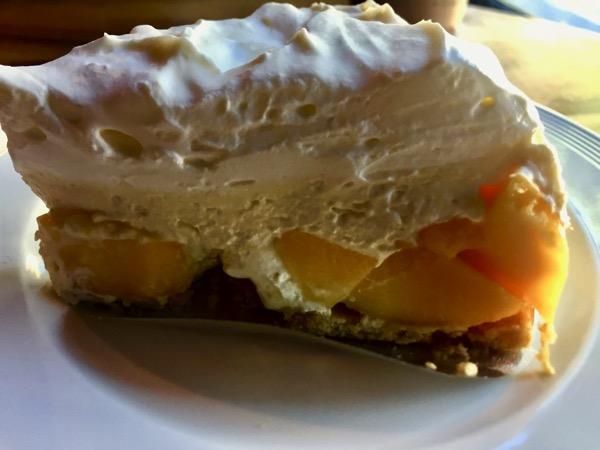 バーンピャムスックのマンゴーケーキ
