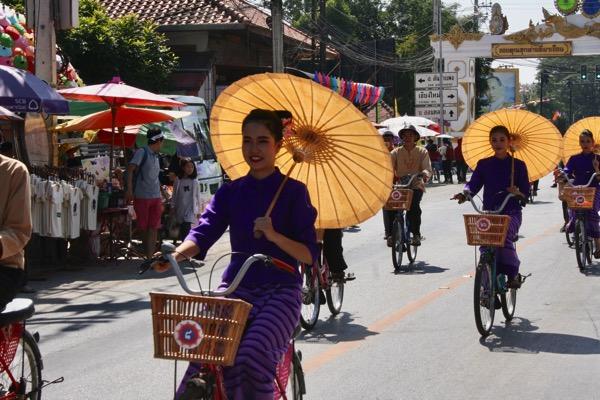 ボーサン祭り-美女軍団の自転車パレード-2