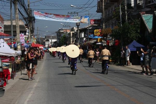 ボーサン祭り-美女軍団の自転車パレード-3