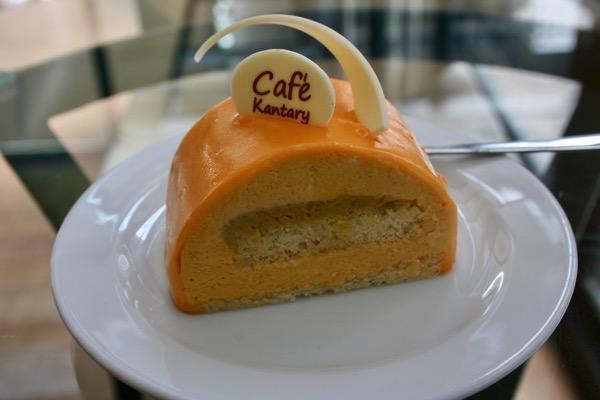 カンタリーカフェの店内万ゴームースケーキ