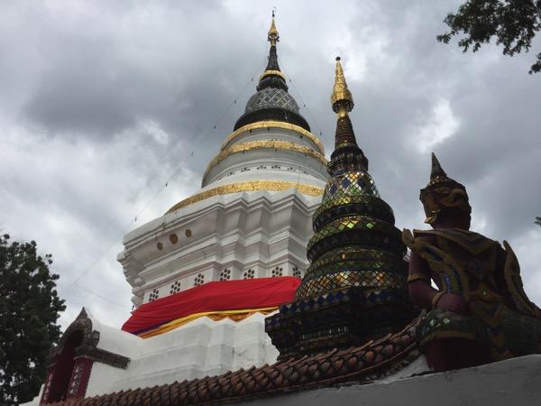2018年戌年にお参りするとご利益のあるチェンマイの戌年寺