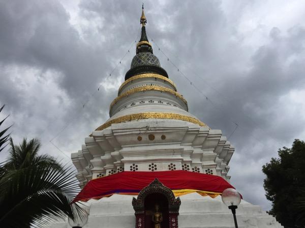 ワットゲートガラムの仏塔