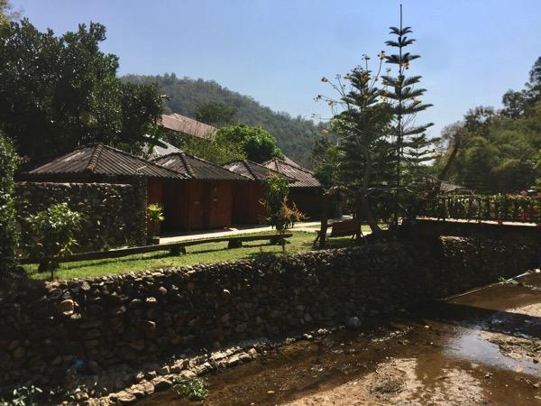 チェンマイ - ポーグワン温泉の園内