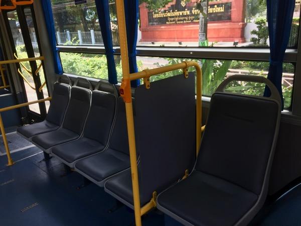 チェンマイスマートバスの降車ボタン