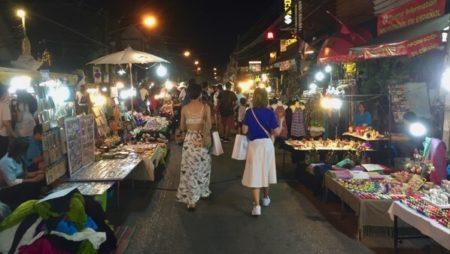 チェンマイのサンデーマーケット、エリア別の特徴と観光ポイント