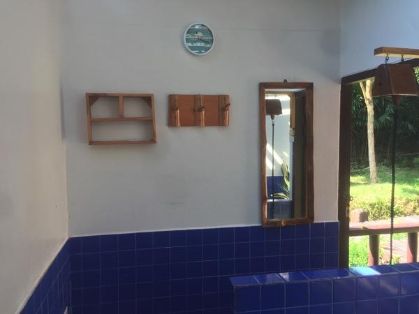 ファーン温泉の個室貸切風呂内部