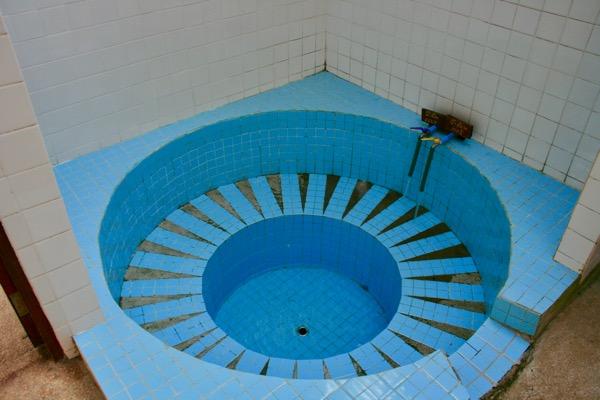 ター・パーイ温泉の北タイ式浴槽