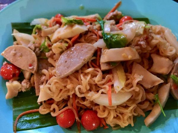 ハーントゥンチェンマイの乾麺のタイサラダ